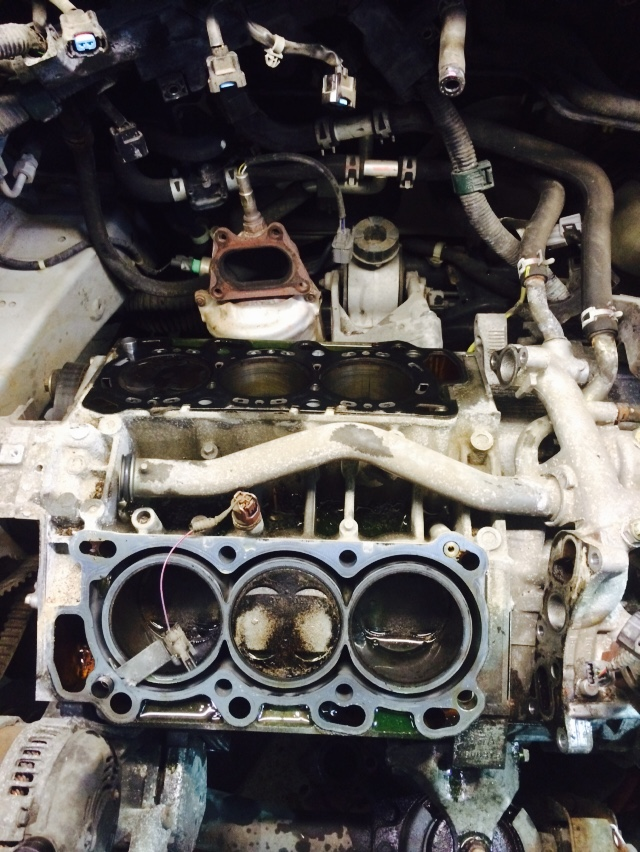 2002 Chevrolet Cavalier Engine Removal title=